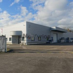Location local d\'\'activites 1250 m² non divisibles
