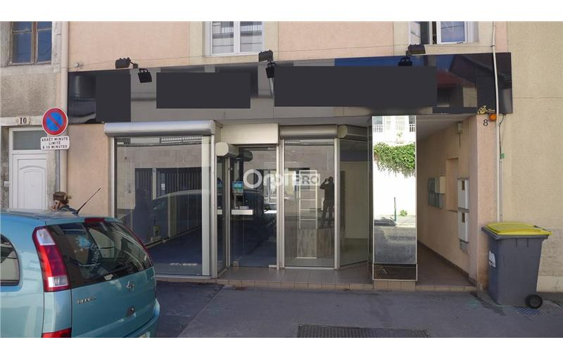 Location local commercial 72 m² à REIMS